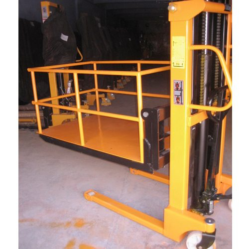 Pallet Truck with Bascket
