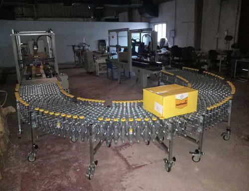 Auto Flap Folding Carton Sealer with Flexible Skate Wheel Conveyor